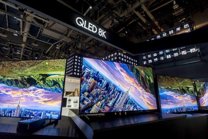 Samsung представила новые QLED-телевизор для РФ