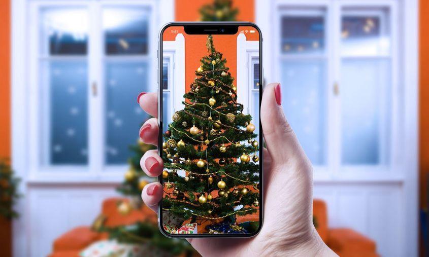 Смартфон - один из самых популярных новогодних подарков в России!