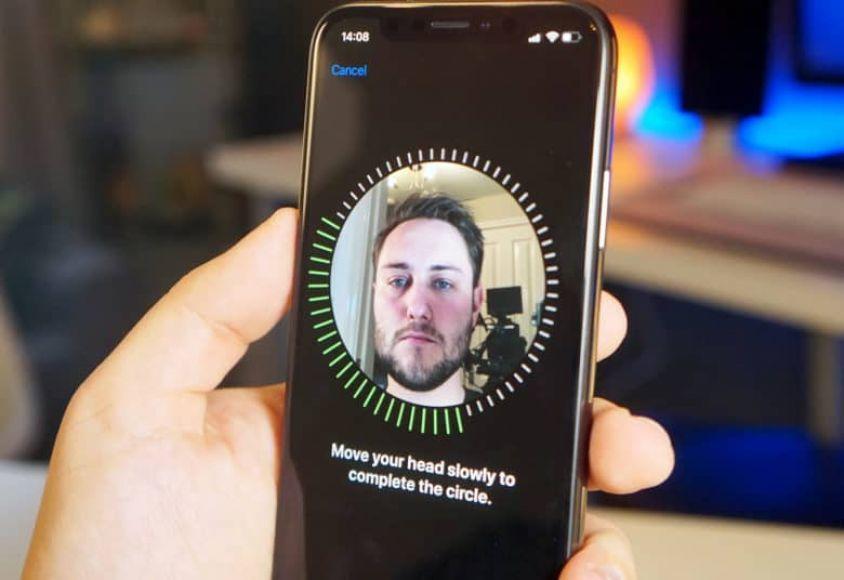 iPhone вместо паспорта: Apple предлагает смартфоны для идентификации!